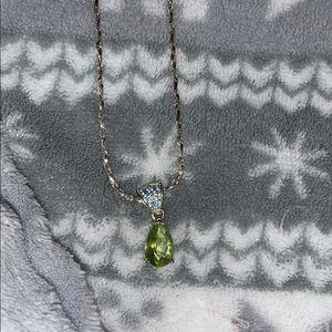 Avon peridot silver necklace